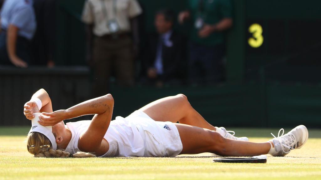 Der Moment des Triumphes: Angelique Kerber hält es nicht mehr auf den Beinen