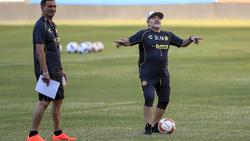Neuer Trainer des mexikanischen Zweitligisten Dorados de Sinaloa: Diego Maradona (re.)
