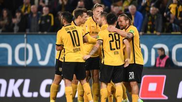 Dynamo Dresden schlägt den SV Sandhausen