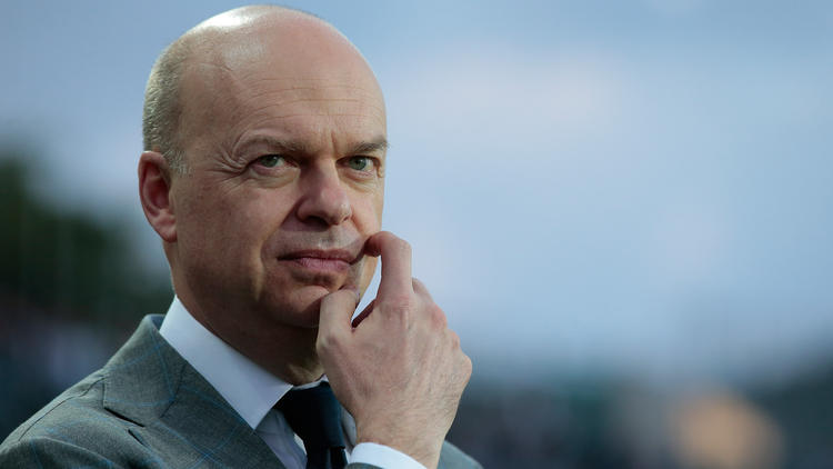 Fassone verklagt den AC Mailand