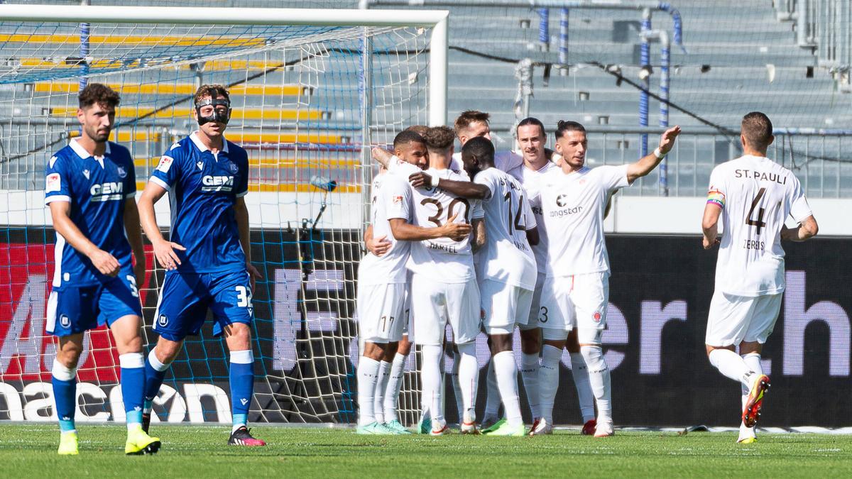 Der FC St. Pauli hat bei KSC gewonnen