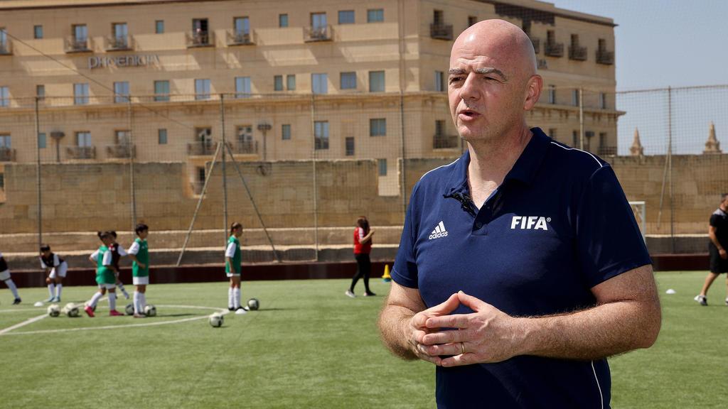"FIFA forciert WM-Pläne: EM nur noch als ""Pausenfüller"""
