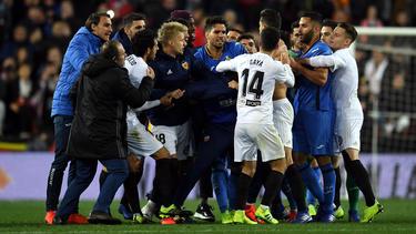 Valencia y Getafe son dos de los equipos que se pelean por la Champions. (Foto: Getty)