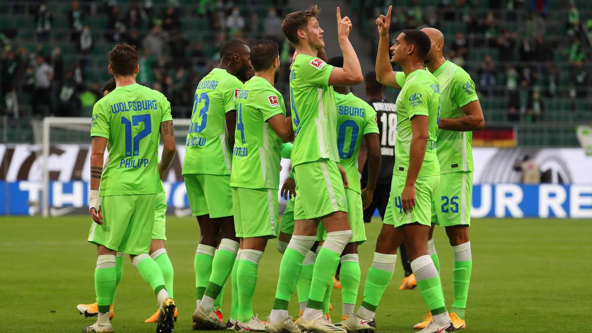 Die Wolfsburger hatten im ersten Durchgang gleich zweimal Grund zu jubeln