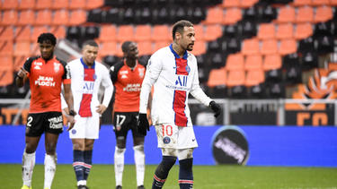 Traf zweimal aus elf Metern, verlor aber das Spiel mit PSG: Offensivstar Neymar