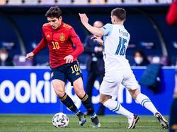 Gonzalo Villar se ha marcado un partido de 10 en el debut.