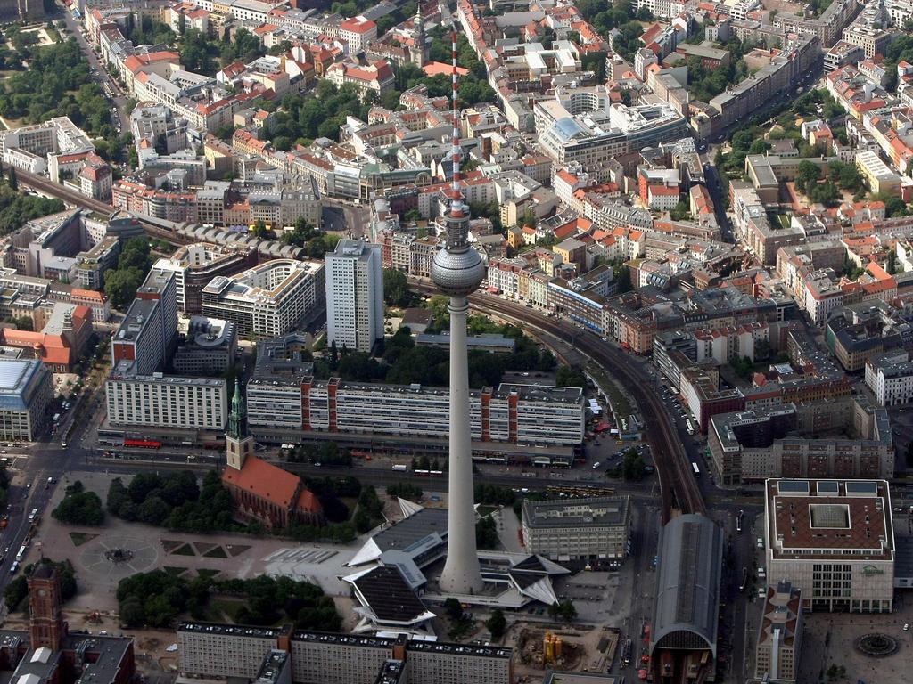 Zur Wm Public Viewing Im Berliner Fernsehturm