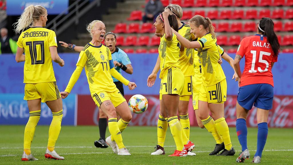 Suecia se llevó la victoria en los minutos finales.