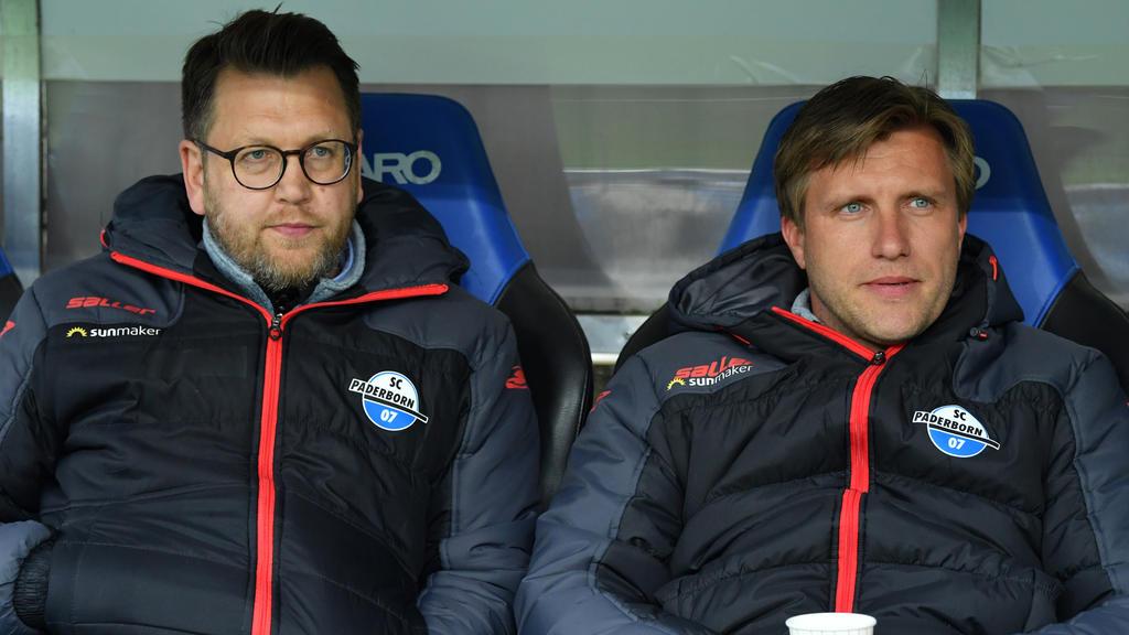 Martin Przondziono (l.) beerbt Markus Krösche beim SC Paderborn