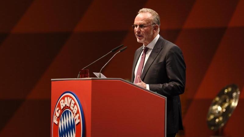 Karl-Heinz Rummenigge, der Vorstandsvorsitzende der FC Bayern München AG, bei der Jahreshauptversammlung