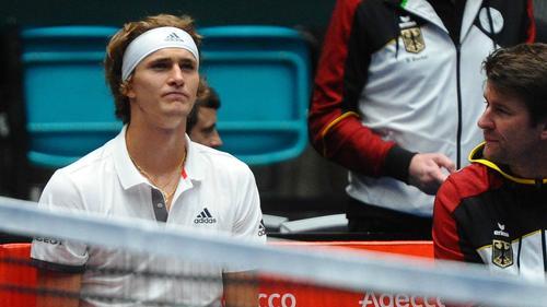 Davis-Cup-Kapitän Michael Kohlmann (r.) muss gegen Weißrussland auf Alexander Zverev verzichten