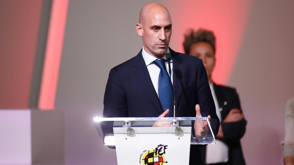 西班牙足协提供贷款俱乐部支付账单