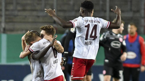Rot-Weiss Essen schlägt Fortuna Düsseldorf im DFB-Pokal