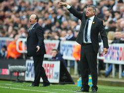 Sam Allardyce (r.) könnte der neue Nationaltrainer in England werden