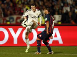 Gareth Bale im Zweikampf mit Enzo Kalinski