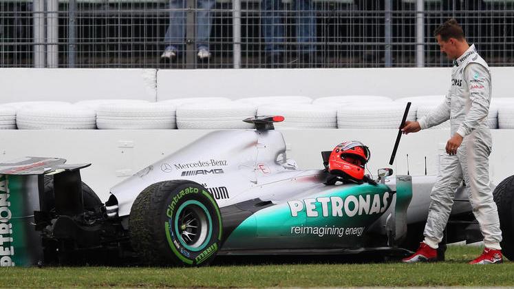2012 landete Michael Schumacher auf dem Hockenheimring-Ring mit seinem Mercedes im Training in der Auslaufzone
