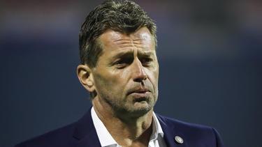 Der neue U19-Trainer des BVB, Michael Skibbe, musste die zweite Saisonpleite einstecken