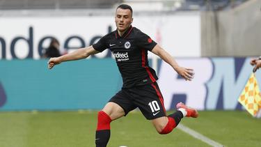 Gehen oder bleiben? Eintracht Frankfurt kämpft um Filip Kostic