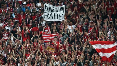 Im April 2009 war Klinsmanns Kredit bei den Fans längst aufgebraucht