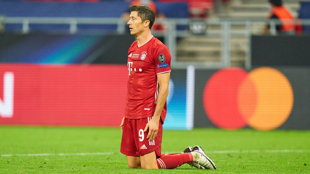 Robert Lewandowski war nach dem Sieg des FC Bayern im Super Cup platt