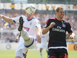 Pierre-Michel Lasogga und der Hamburger SV flogen in Jena aus dem Pokal