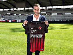 Rafael van der Vaart en su presentación con el FC Midtjylland. (Foto: Getty)