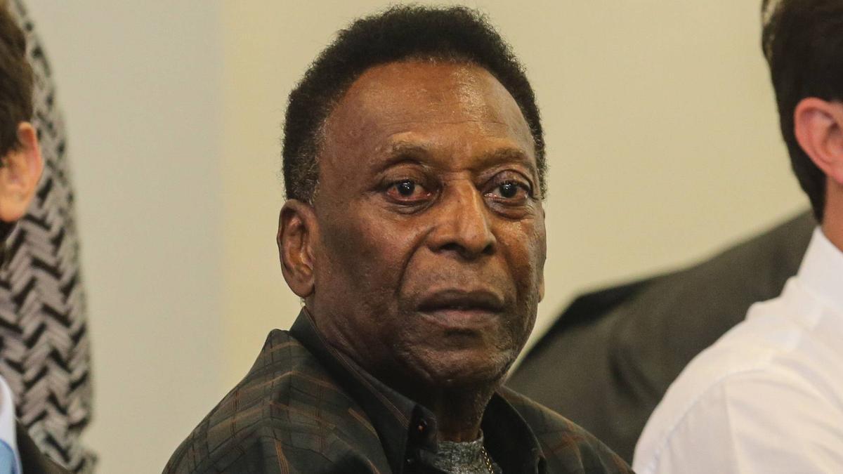 Pelé musste auf die Intensivstation
