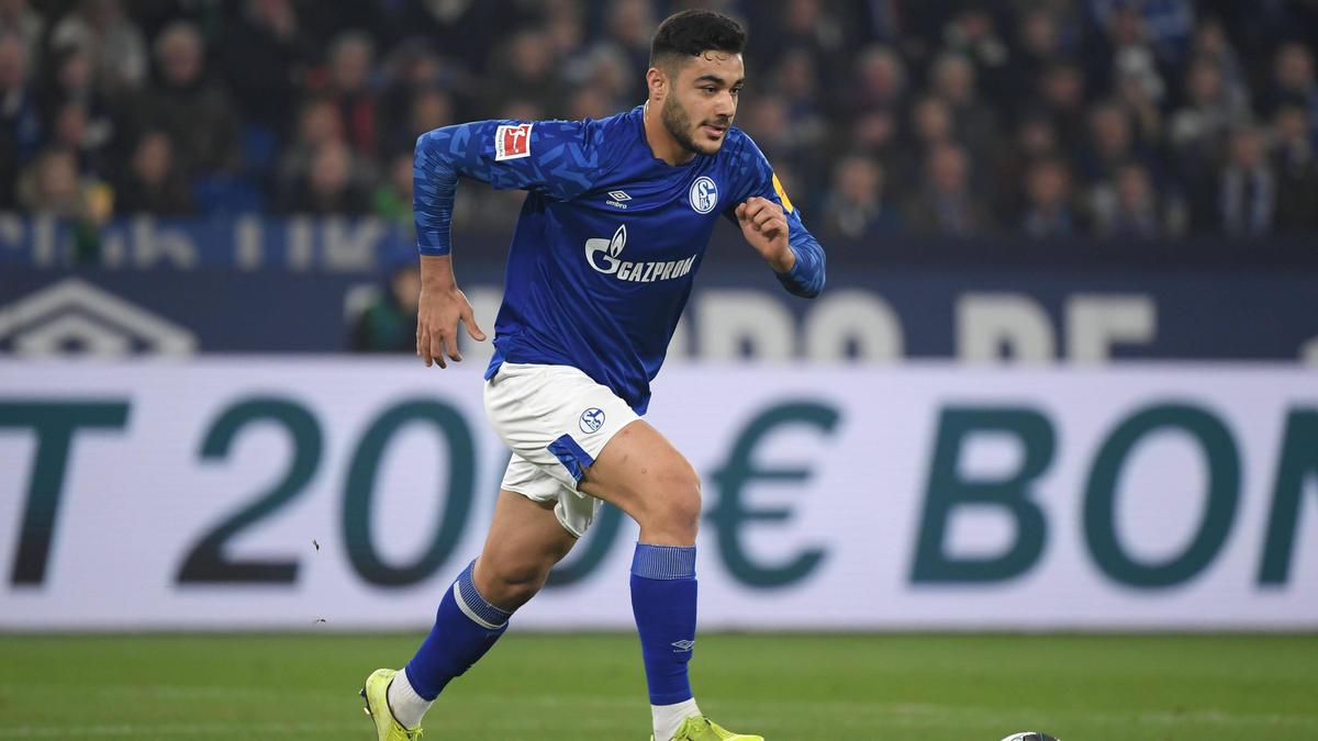 Ozan Kabak spielt seit dem letzten Sommer auf Schalke