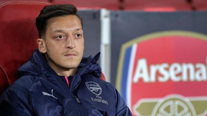 Al Nasr will Mesut Özil verpflichten