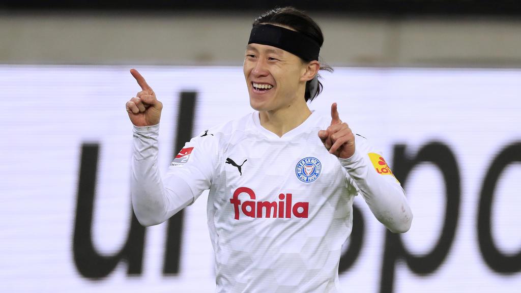 Jae-sung Lee könnte in der nächsten Saison für den Hamburger SV spielen