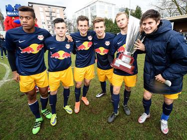 Der Nachwuchs von RB Salzburg holte den dritten Titel in Serie bei der U19 Champions Trophy in Düsseldorf