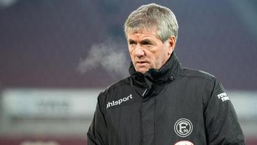 Mit Düsseldorf mitten im Abstiegskampf: Fortuna-Coach Friedhelm Funkel