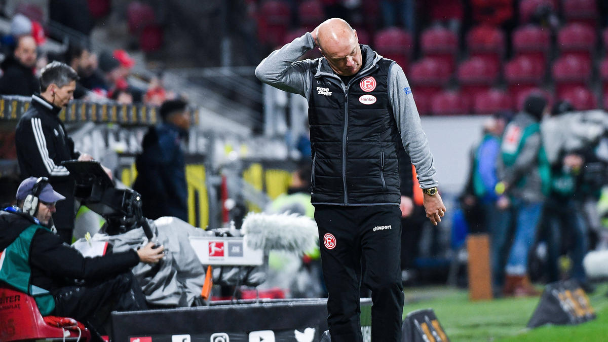 Kämpft mit Fortuna Düsseldorf gegen den Abstieg: Trainer Uwe Rösler