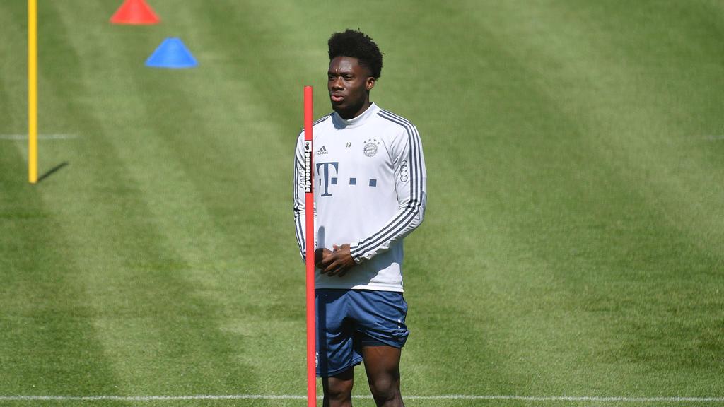 Alphonso Davies fehlte im Training des FC Bayern