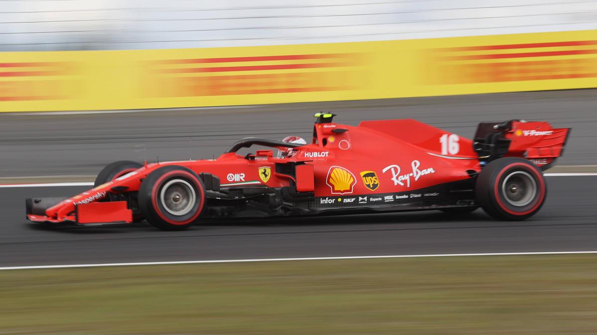 Charles Leclerc im Ferrari SF1000: Er hat einen Vorteil durch die Updates gespürt