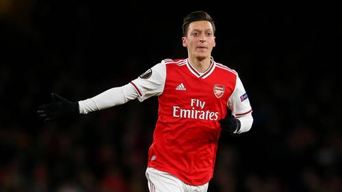 Mesut Özil verlässt den FC Arsenal wohl noch im Winter