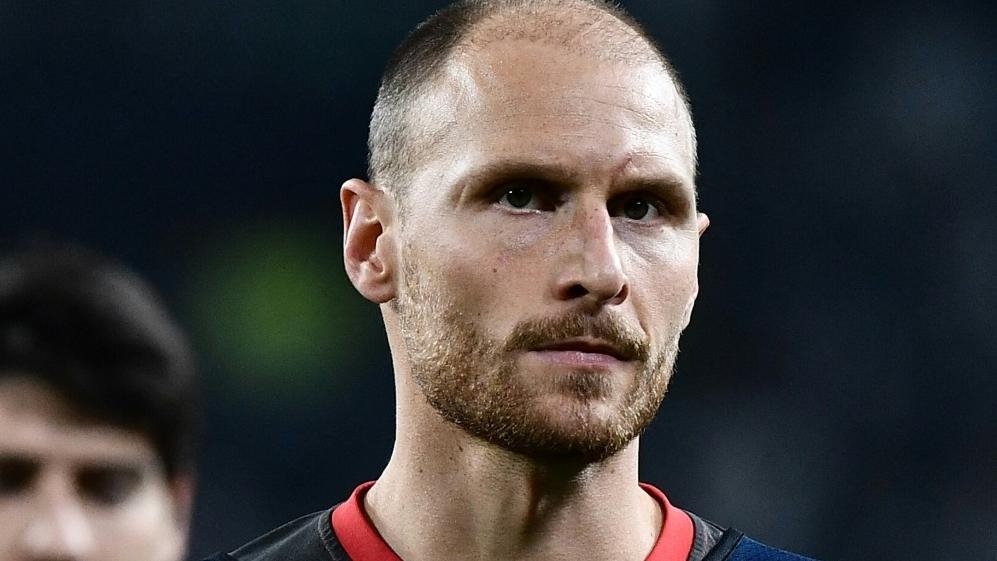 Benedikt Höwedes nimmt Profis des FC Schalke 04 in Schutz
