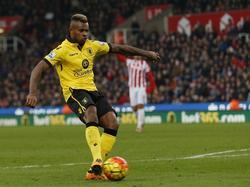 Leandro Bacuna maakt zijn eerste doelpunt van het seizoen in dienst van Aston Villa. De Nederlander scoort de aansluitingstreffer tegen Stoke City. (27-02-2016)