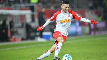 Vorzeitige Verlängerung: Adamyan bleibt bei Regensburg