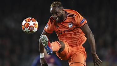 Moussa Dembelé seguirá jugando en Lyon.