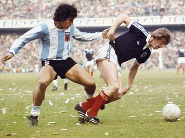 Américo Gallego con la camiseta de Argentina en 1977.