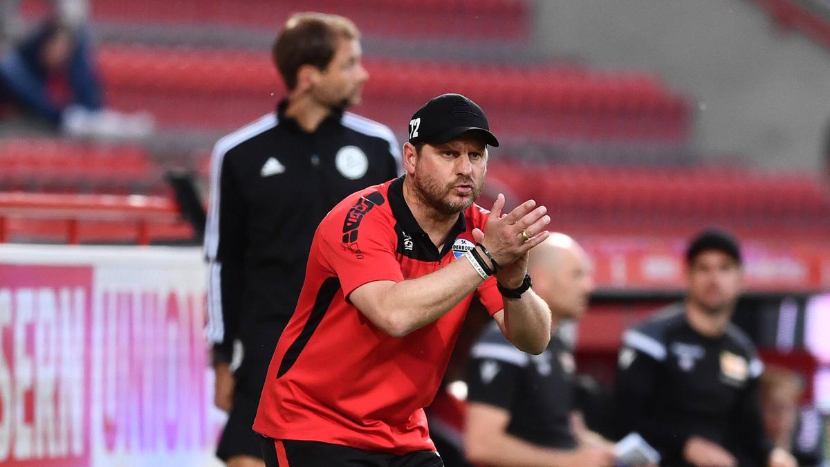Muss mit Paderborn zurück in die 2. Liga: SC-Coach Steffen Baumgart