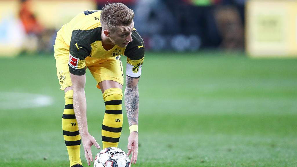 BVB-Angreifer Marco Reus legt sich den Ball zurecht