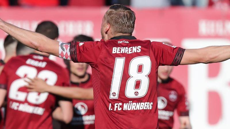 FCN-Kapitän Hanno Behrens und seine Teamkollegen hatten endlich wieder Grund zum Jubel