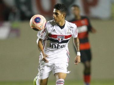 Gustavo Maia con la camiseta de Sao Paulo.