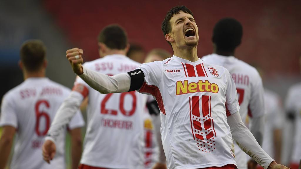 Jahn Regensburg setzte sich gegen die Würzburger Kickers durch