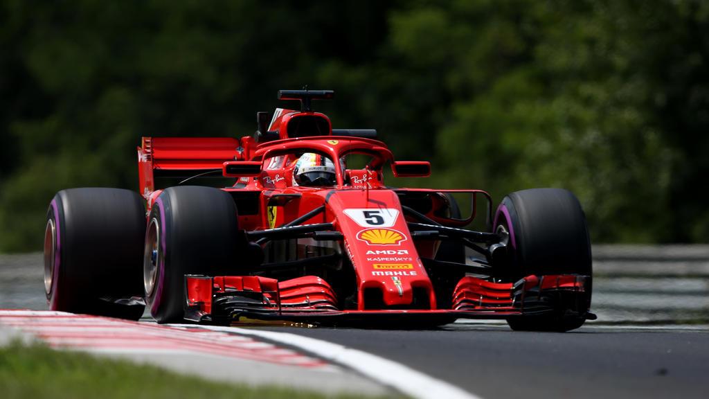 Sebastian Vettel fährt die Bestzeit im zweiten Training am Hungaroring