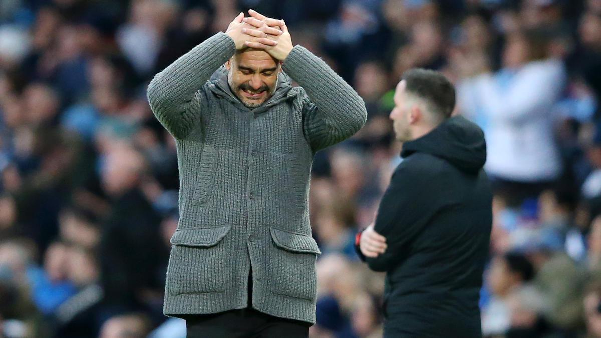 Pep Guardiola und Manchester City könnte eine Transfersperre drohen