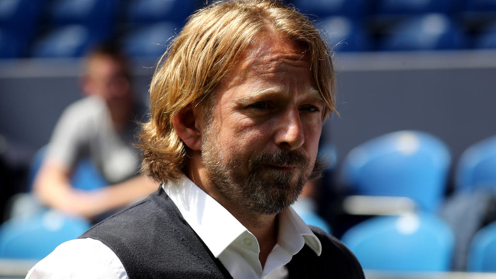 VfB-Stuttgart-Sportdirektor Sven Mislintat will ligaabhängige Klauseln verbannen