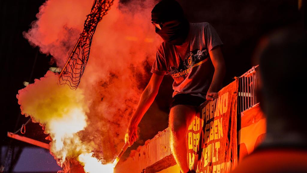 BVB nach Pyro-Einsatz der Fans zu Geldstrafe verurteilt